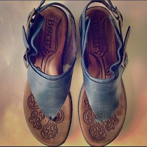 BORN leather sandals.